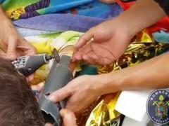 Liberan a un niño cuya mano estaba atrapada en el tubo de succión de una piscina en Cartagena