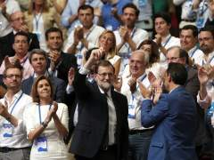 """Rajoy pide fuerza, Santamaría se emociona y Casado, al grito de """"presidente"""": arranca el crucial congreso del PP"""