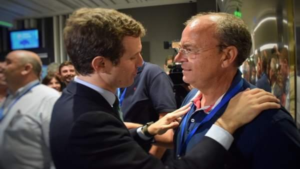 Monago con Pablo Casado en el Congreso del PP