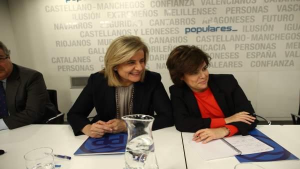 Fátima Báñez y Santamaría en la reunión del Comité Ejecutivo Nacional del PP