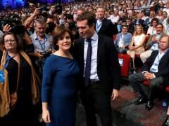 Santamaría tira de experiencia y Casado, de ideología para ganar el voto final