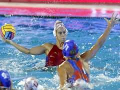 España lleva su pleno a cuartos de final