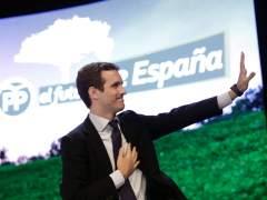 Ilegalizar partidos independentistas, mantener la LOMCE o bajar impuestos, las propuestas de Casado para España