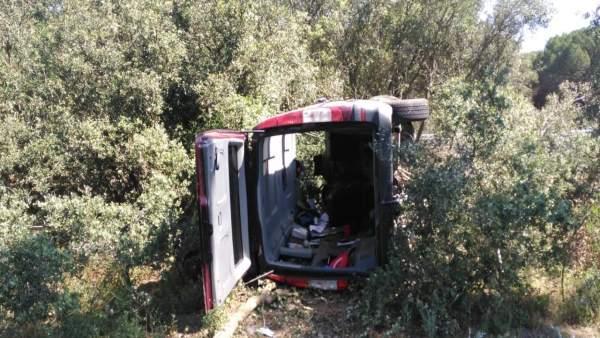 Valladolid.- Furgoneta accidentada