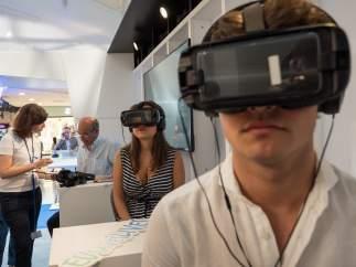 La exposición de realidad virtual 'EU Saves Lives (La Unión Europea salva vidas)'