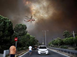 Evacuaciones y cortes de carreteras