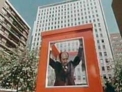 Fotograma de la película 'La Cabina' de Antonio Mercero