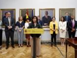 La vicepresidenta, Carmen Calvo, en la toma de posesión de la directora del Instituto de la Mujer