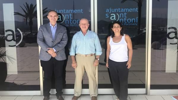 Roca se reúne con alcalde de Sant Antoni