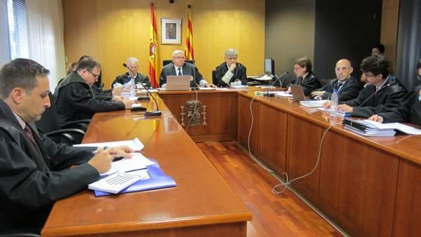 Vista En El TSJC Sobre La Regulación Barcelonesa De Las VTC.