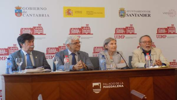 Javier Urra En La Rueda De Prensa UIMP
