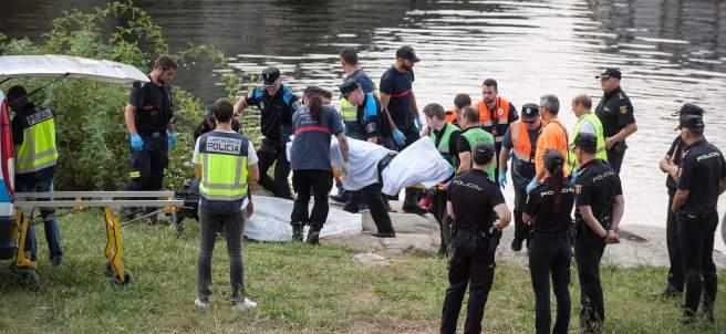 Hallan el cuerpo sin vida de un joven en el rio Miño.