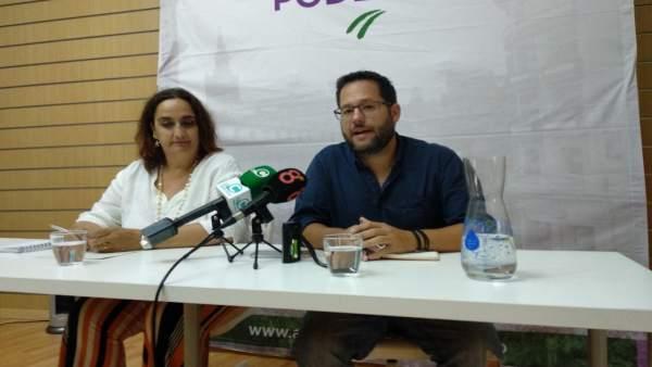 José Ignacio García y Ángela Aguilera, de Podemos Cádiz