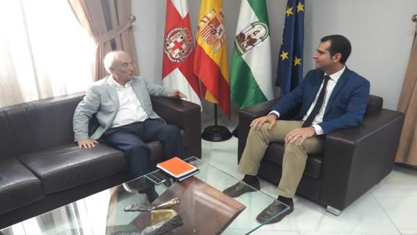 Manuel de la Fuente se reúne con Ramón Fernández-Pacheco