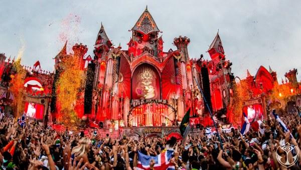 Tomorrowland vuelve a Catalunya este sábado