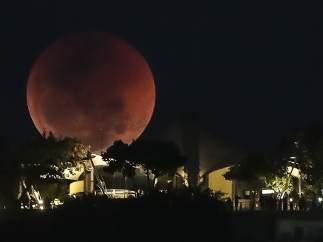 Luna de sangre sobre Río de Janeiro