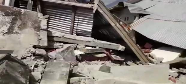 Cientos de escaladores atrapados a causa del terremoto en Lombok (Indonesia)