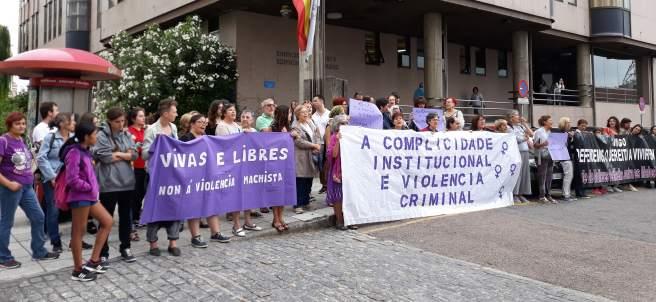 Concentración feminista contra la sentencia que condena a Juana Rivas