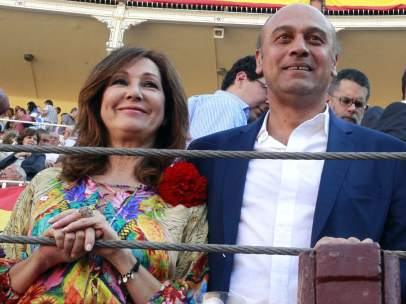 Ana Rosa Quintana y Juan Muñoz
