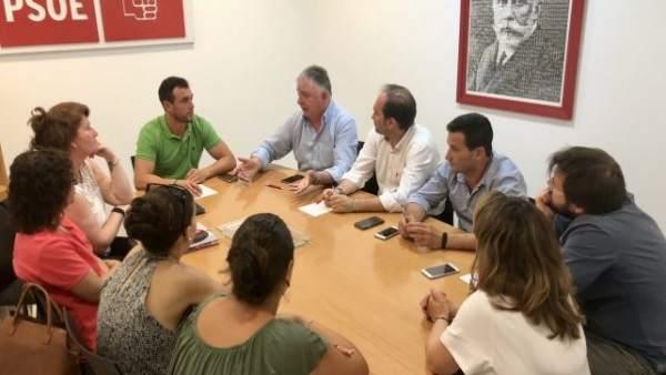 PSOE pide a la Junta un estudio de la A-483 para aumentar su capacidad.
