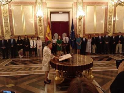Rosa María Mateo, en el momento de prometer el cargo como administradora de RTVE