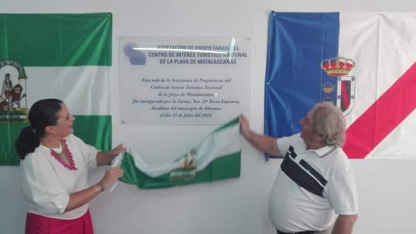 Inauguración de la sede de la asociación de vecinos de Matalascañas.