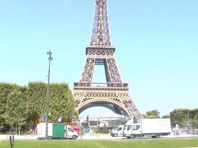 La Torre Eiffel permanece cerrada por huelga de sus trabajadores