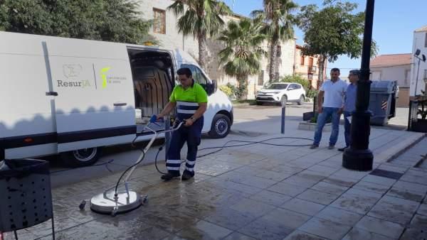 Dispositivo especial de limpieza en las fiestas de Jabalquinto.