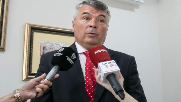 Agustín Martínez, abogado de cuatro de los condenados de 'La Manada'