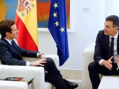El PSOE se asienta como primera fuerza y el PP sufre fuga de votos hacia Ciudadanos y Vox