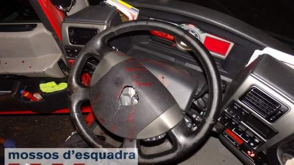 Los Mossos detienen a un camionero por conducir bebibo y manipular el tacógrafo