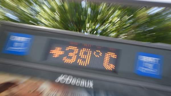 València segueix aquest divendres en avís per altes temperatures