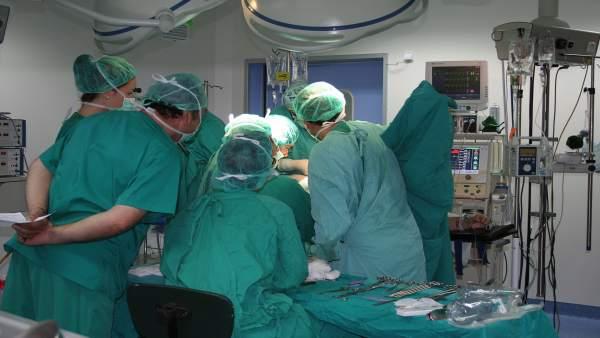 La llista d'espera quirúrgica baixa nou dies respecte a l'anterior trimestre