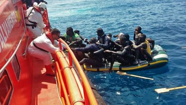 Migrantes rescatados por Salvamento Marítimo en el Estrecho