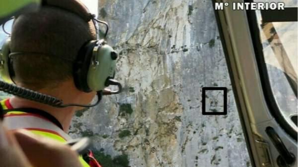Rescate de dos escaladores por parte de la Guardia Civil