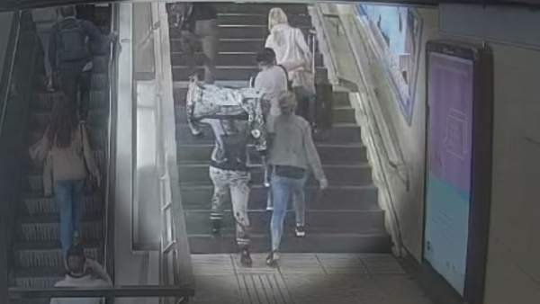 Carteristas en el metro de Barcelona