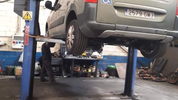 Taller de coches, reparaciones, vehículos