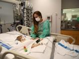 Bebé con trasplante de hígado realizado en el Hospital de la Vall d'Hebron