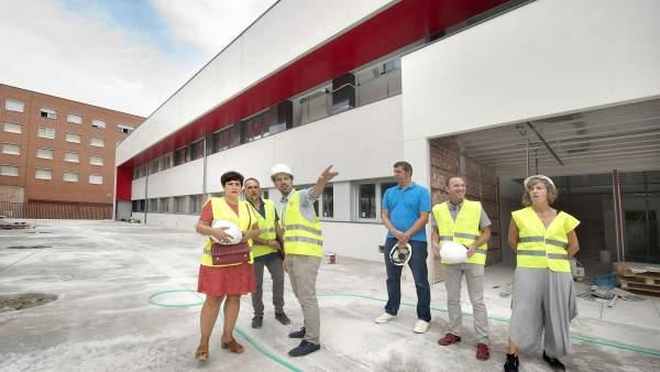 La consejera Solana visita el nuevo instituto de San Jorge