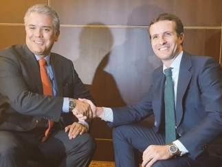 Casado y el nuevo presidente de Colombia, Iván Duque.