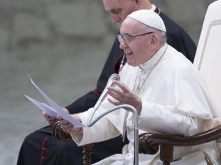 El papa Francisco preside la audiencia general semanal en el aula Pablo VI en la Ciudad del Vaticano el 8 de agosto de 2018.