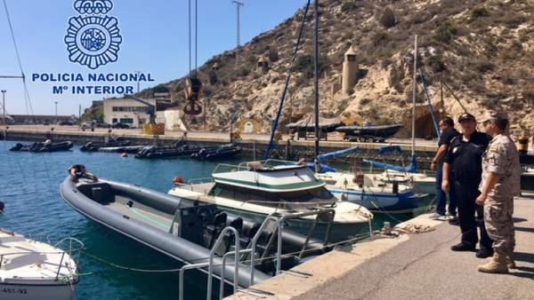 Imagen de la embarcación cedida por la Policía Nacional al Tercio de Levante