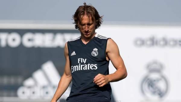 Luka Modric, entrenando con el Real Madrid