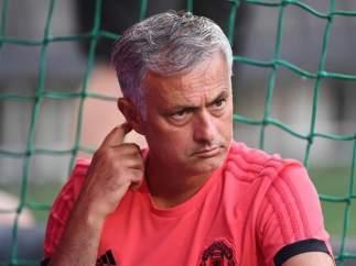 Jose Mourinho, en un entrenamiento con el Manchester United.