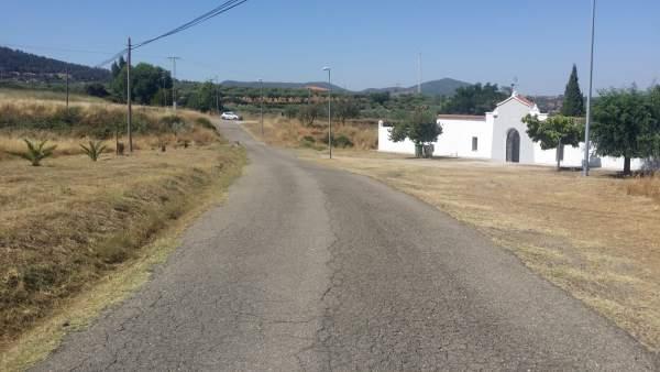 Carretera del cementerio de Mirabel