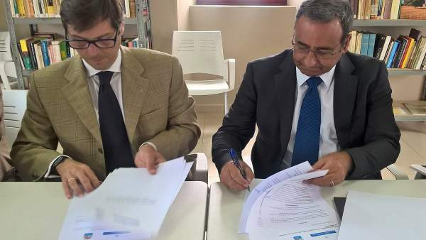 Alcalde de Cudillero y Fernando Lastra