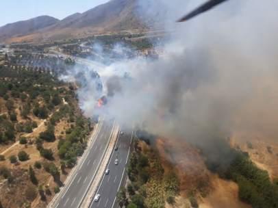 Incendio en torremolinos málaga infoca forestal autovía cortada A7