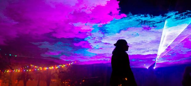 Música, luces y contraluces del festival Sziget, al norte de Budapest (Hungría)