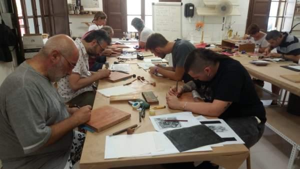 Fuendetodos organiza una nueva edición de los talleres de grabado