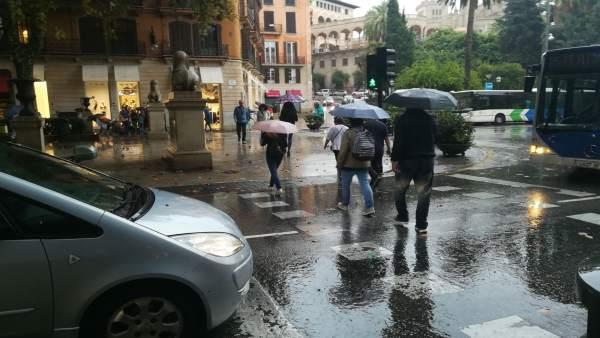 Lluvia en el Passeig del Born